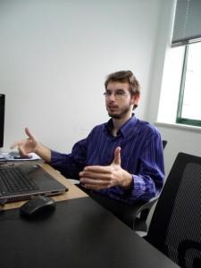 Petherson Lacerda, diretor da Aprimorar Desenvolvimento, explica porque os empresários estão migrando para o comércio eletrônico.