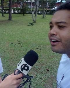 Antônio concedendo entrevista durante a oficina na UFJF, em 2011