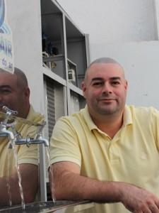 Máquinas produzem de 15 a 5 mil litros de água. Preços estão entre R$ 6 mil e R$ 350 mil (Foto: Divulgação/Wateair)